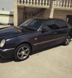 Mercedes benz w210 e280 e-class