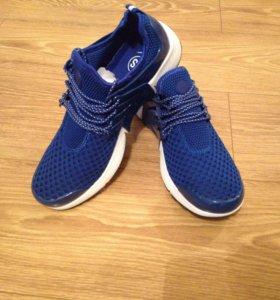 Кроссовки Nike