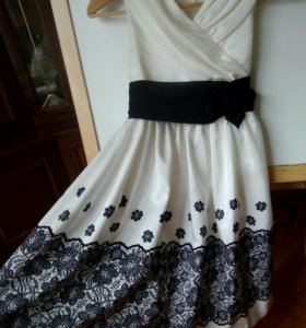 Платье на девочку 10 - 11 лет