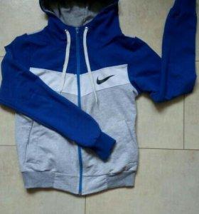 Женская спортивная кофта Nike р.42-44