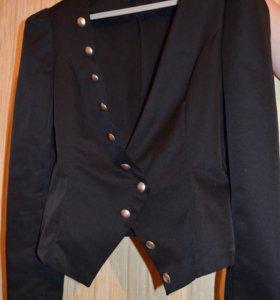 Пиджак чёрный новый💃🏻💃🏻💃🏻