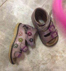 Обувь (пакетом) 20-21 размер