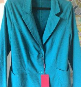 Пиджак новый 50 р