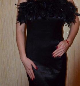 Платье с перьями 🎀