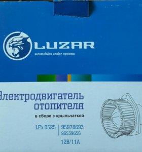 Электродвигатель отопителя (печки)