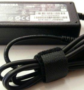 Зарядное для ноутбука Toshiba 19v 3.42a