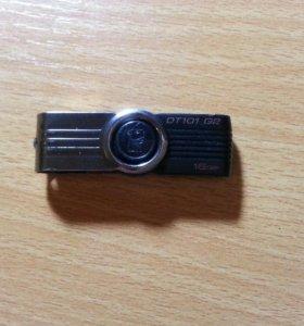USB флешке на 16гигабайт.