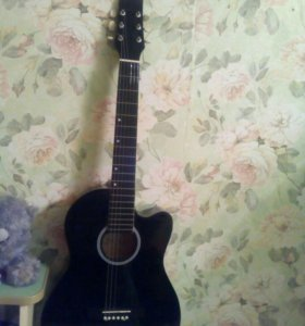 Срочно продаю гитару!!!