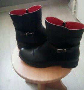 Женские осене- весенние ботинки