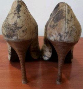 Туфли классические новые 36 р-р.