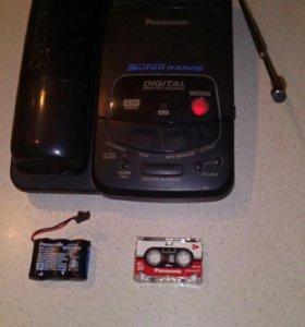 "Радиотелефон ""Panasonic KX-TCM438BX""."