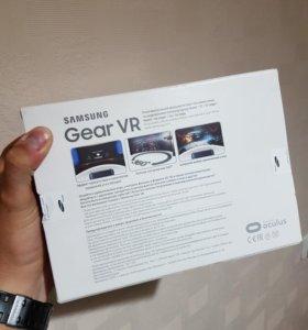 Шлем виртуальной реальности Gear VR