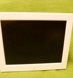 Цифровая фоторамка Digma pf-840