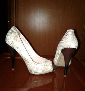 Туфли новые натуральная кожа р.40, каблук 12,5 см
