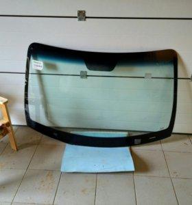 Лобовое стекло на Hyundai Santa fe