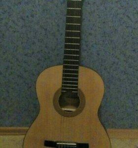 Гитара Hohner HC 06 + чехол для гитары