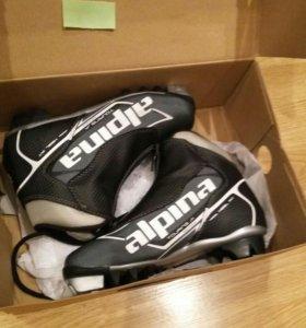 Ботинки для лыж Alpina