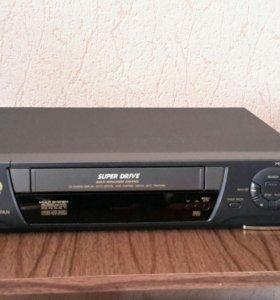 Видеомагнитофон Panasonic NV-HD620 новый