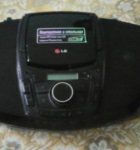 Стильная протативная CD – магнитола с USB
