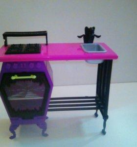 Кухонный столик для кукол