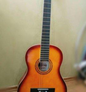НОВАЯ классическая гитара с чехлом