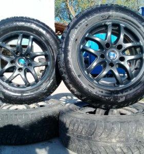Комплект колес на БМВ,резина Gislaved, зима.