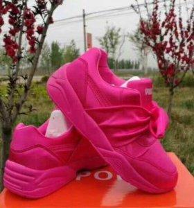 Сатиновые кроссовки Puma