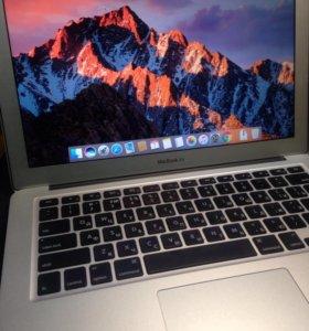 "MacBook Air 13""дюймов Core i7.2011 г"