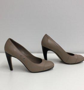 Кожаные туфли 40 размер