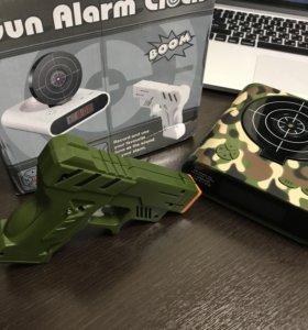Игрушка будильник мишень с пистолетом камуфляж