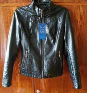 (Новая) Куртка женская 42-44