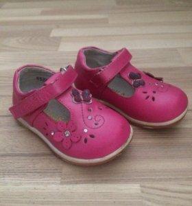Туфельки для девочки, 20 размер