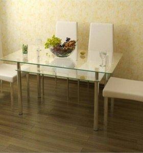 Кухонные новые стеклянные столы.