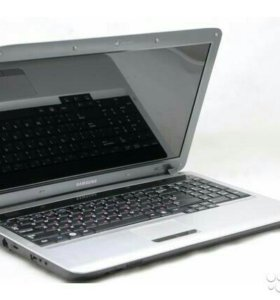 Ноутбук Samsung np-r525