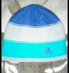 Фирменная шапка Адидас