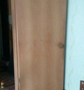 Дверь...