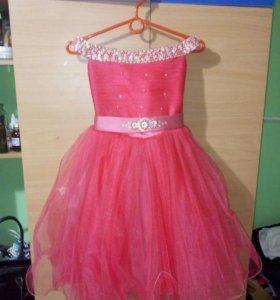 Детское платье 6-9 лет