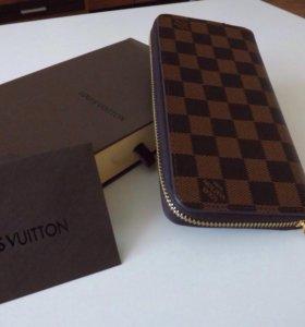 Клатч Louis Vuitton (коричневый)