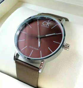 C. #07847 кварцевые часы