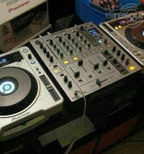 PIONEER DJM 700+ 2 CDJ-800mk2