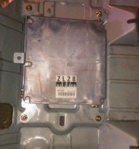 Блок управления EFI Mazda familia