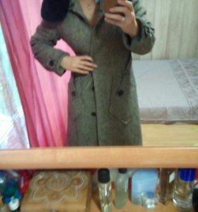 Куртки пальто и т.д