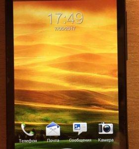 Телефон HTC Desire V
