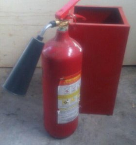 Огнетушитель с подставкой