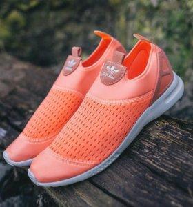 Кроссовки-слипоны adidas - новые