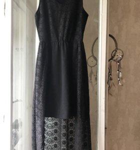 Платье со шлейфом кружевное