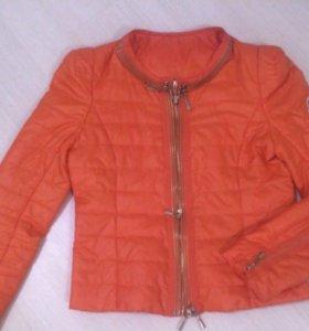 Куртка монклер 40-44 апельсинового цвета