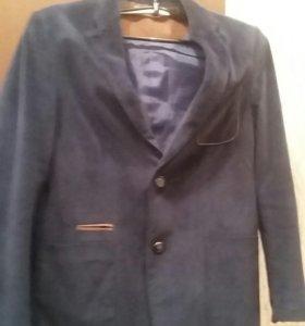 Новый велюровый пиджак р. 150/160