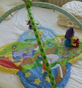 Детский игральный коврик с игрушками