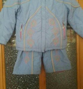 Весенний костюм для девочки